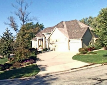 View Details of House Sitting Assignment in Lenex, Kansas