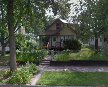 View Details of House Sitting Assignment in Minneapolis, Minnesota
