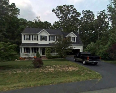 View Details of House Sitting Assignment in Fredericksburg, Virginia