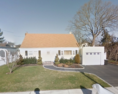 View Details of House Sitting Assignment in Wantagh, New York