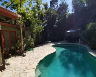 View Details of House Sitting Assignment in Beverly Hills, California