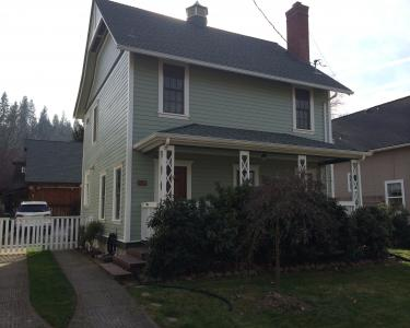 View Details of House Sitting Assignment in Jacksonville, Oregon