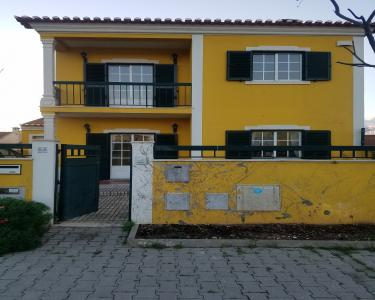 View Details of House Sitting Assignment in Escravileira, Portugal