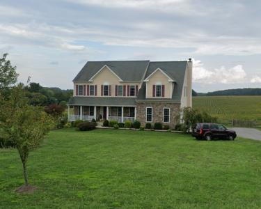House Sitting in Woodbine, Maryland