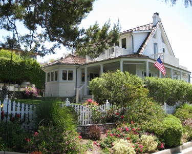 House Sitting in Laguna Beach, California