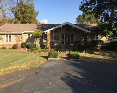 View Details of House Sitting Assignment in Rogers, Arkansas