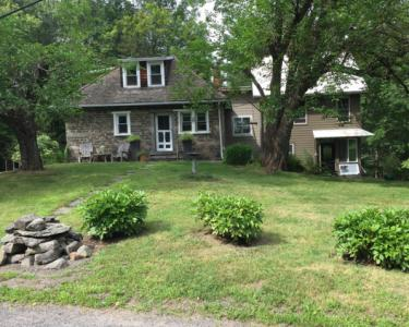 View Details of House Sitting Assignment in Kingston, New York