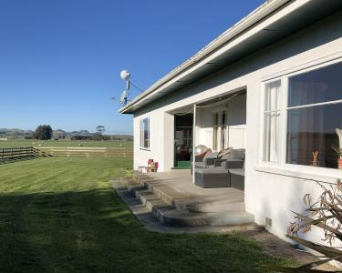 View Details of House Sitting Assignment in Waipukurau, New Zealand