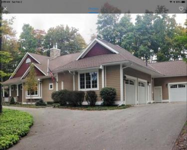 House Sitting in Harbor Springs, Michigan